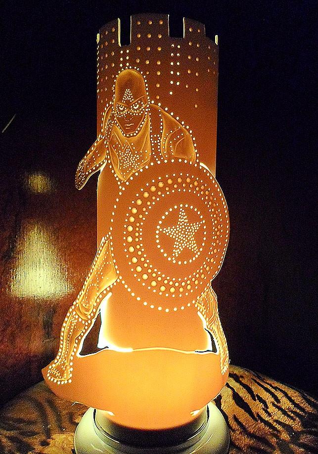 Artesanato Com Garrafa Pet Para Pascoa ~ luminária em pvc Homem de ferro no Elo7 Ecoart