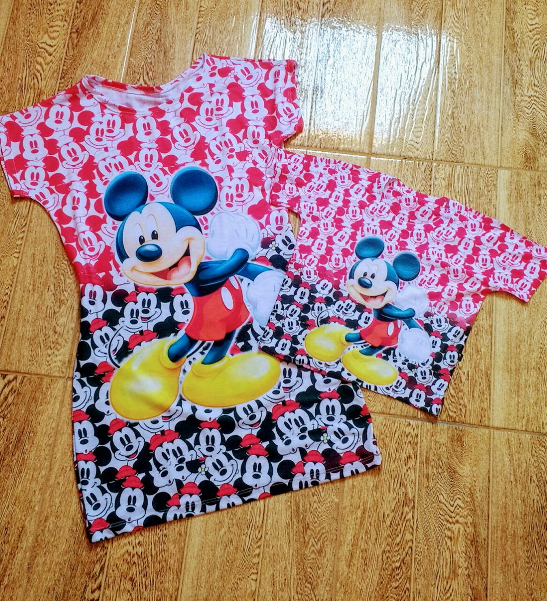 0a9550c7623442 Vestido e Blusa Tal mãe tal filho Mickey