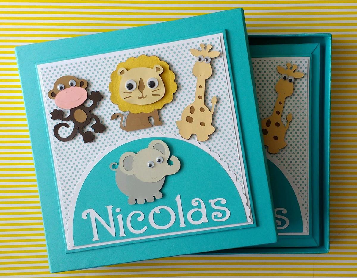 fe6df660b diário bebê personalizado menino com caixa safári scrapbook no Elo7 ...