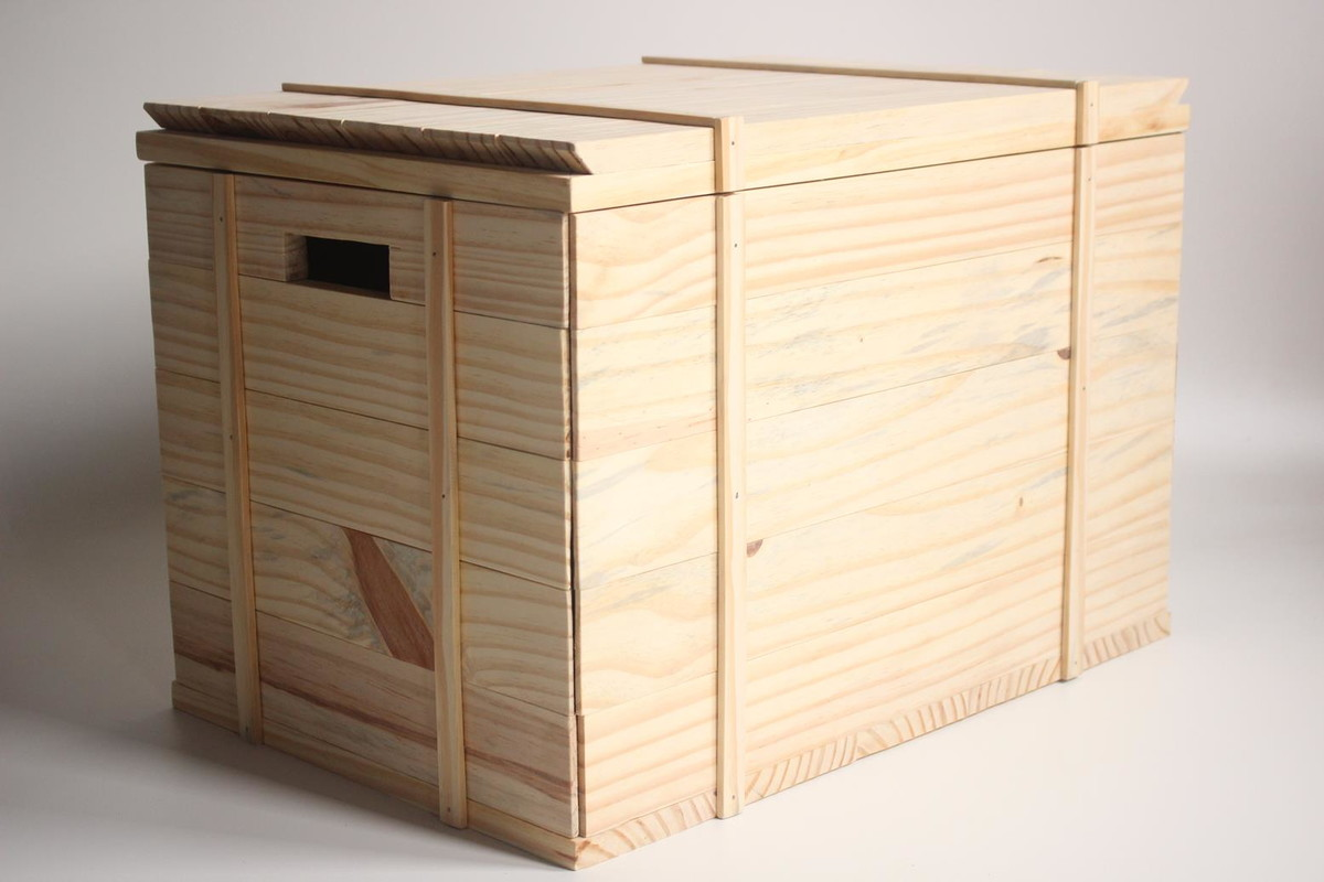 banco bau de madeira acabamento rustico madeirarustica banco bau de  #916A3A 1200x800