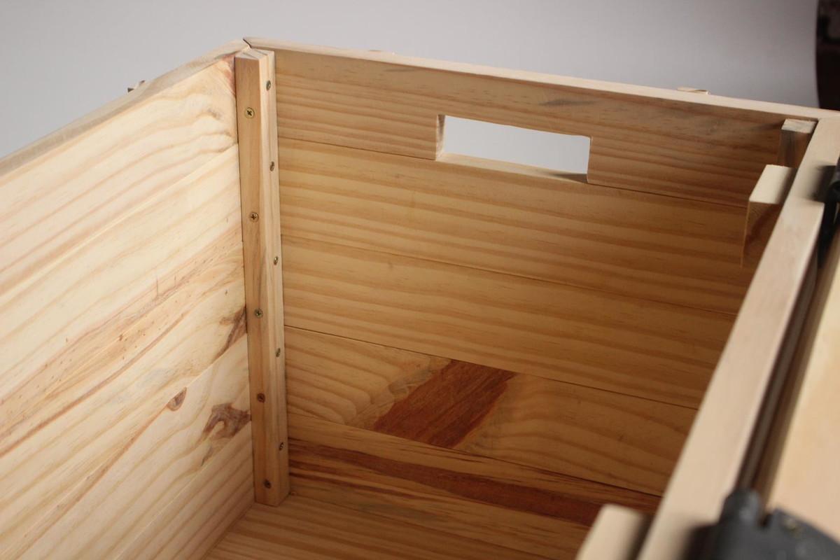 banco bau de madeira acabamento rustico bancodemadeira banco bau de  #703F1C 1200x800