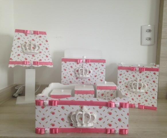 Kit higiene bebê mdf decorado princesa  Maison Nascimento  Elo7 -> Kit Banheiro Mdf Decorado