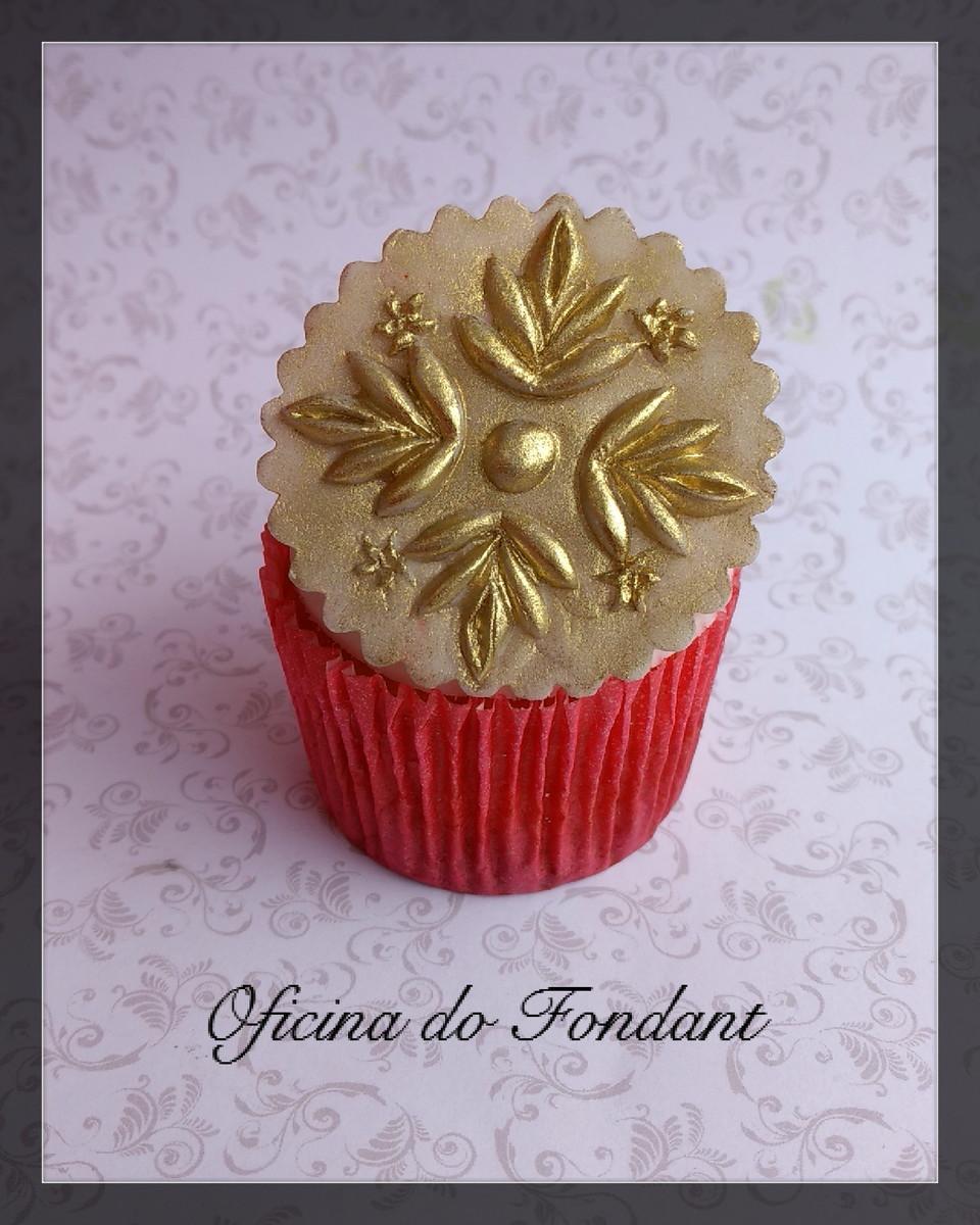 31a5c89e4b6 Topper para cupcake decorativo de açúcar no Elo7