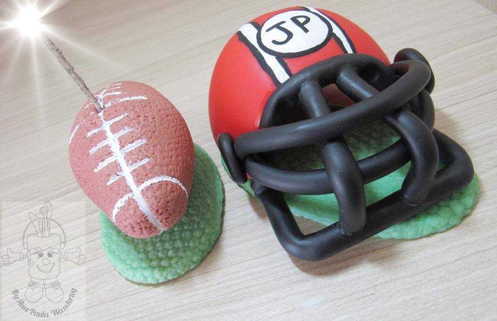 e8a2751459 Topo Futebol americano capacete e bola no Elo7
