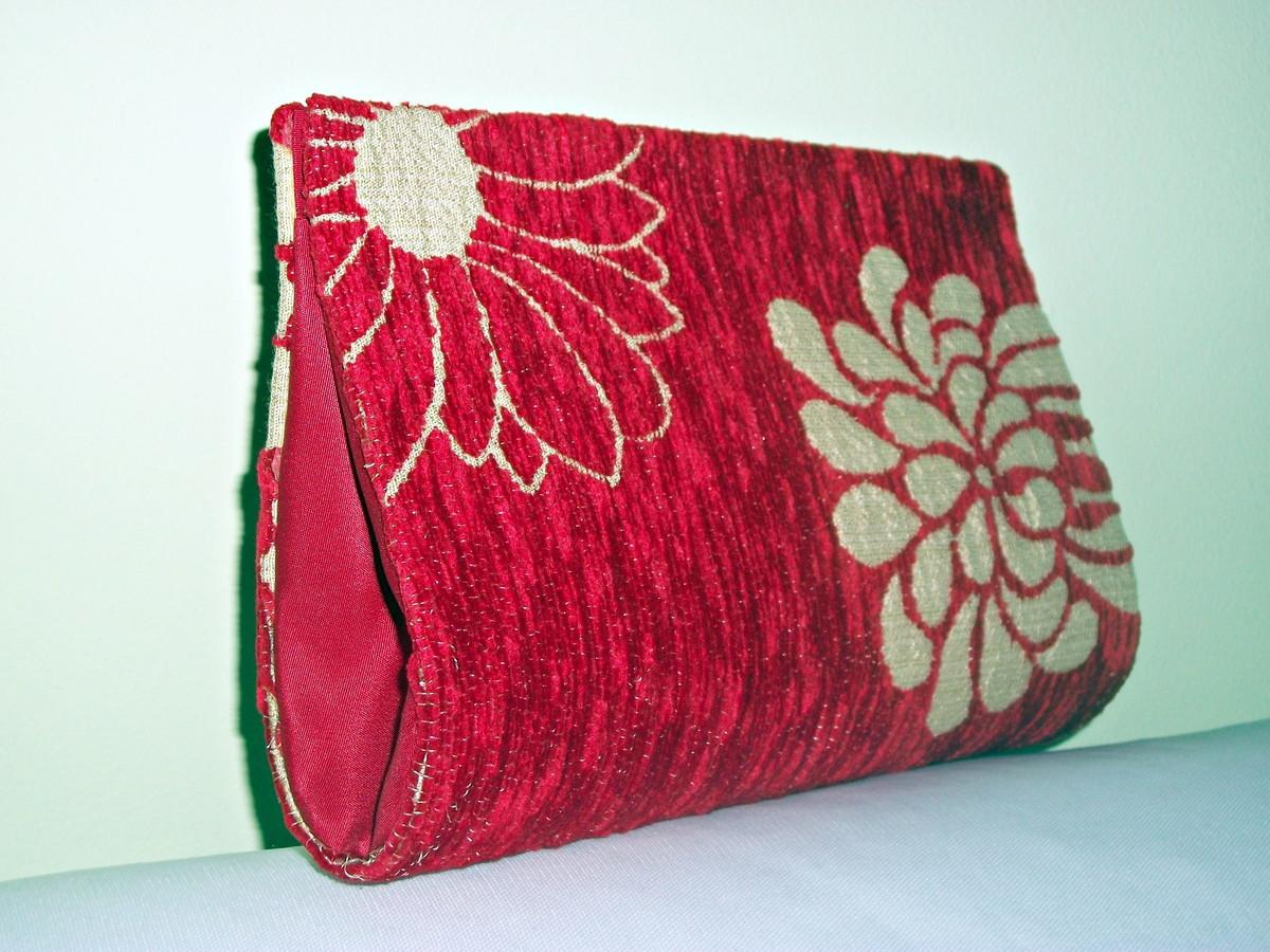 795f81165 Bolsa Clutch Vermelha com Flores no Elo7 | Oficina de Arte (32B5AC)