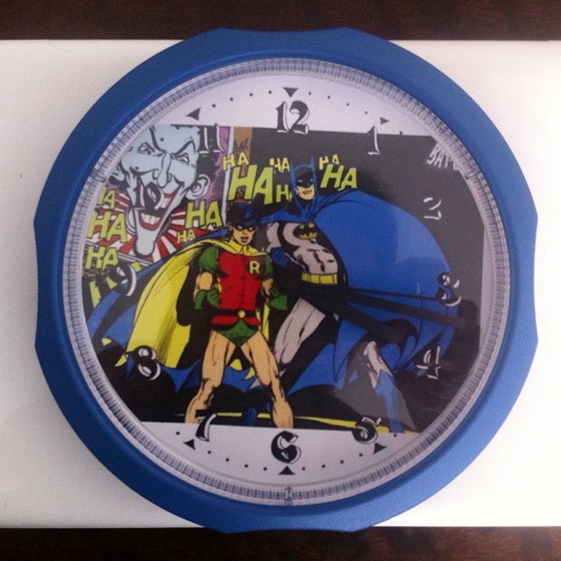 3cfe94c27c7 Zoom · Relógio Coringa DC Batman Heróis Coringa Robin Gato Pinguim