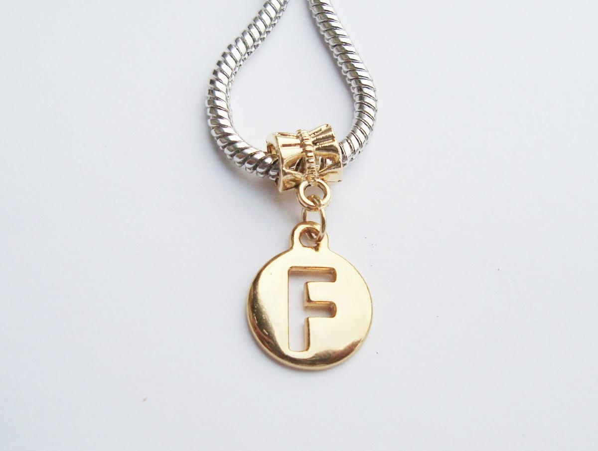 e43744aa84713 Pingente Banhada Ouro -Medalha Letra F no Elo7   HEVA Semi Joias ...
