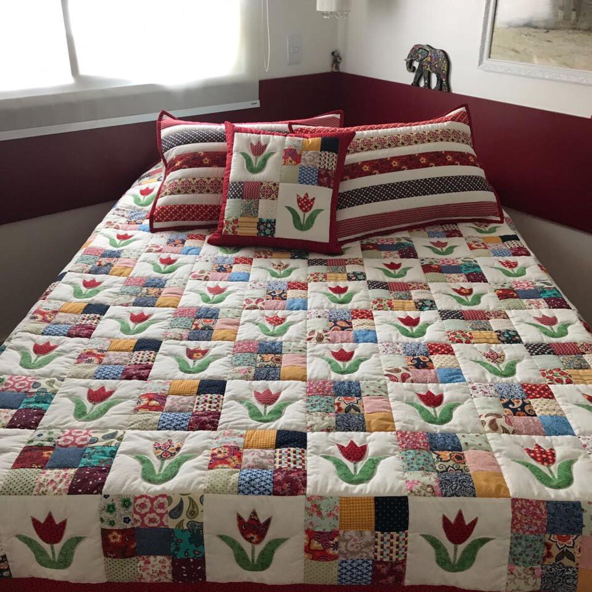 Colcha patch tulipas no elo7 k em kasa 99dc81 - Colcha patchwork ...