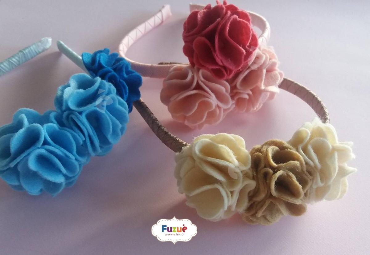 Tiara de Flores em Feltro no Elo7   Fuzuê Arte em Feltro (9BD0A3) 21b7632f3f