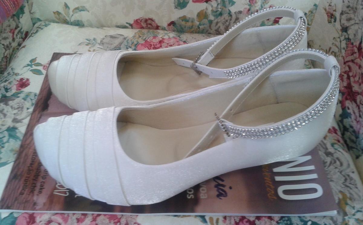 6a67bf119e2 Sapato de Noiva Branco no Elo7