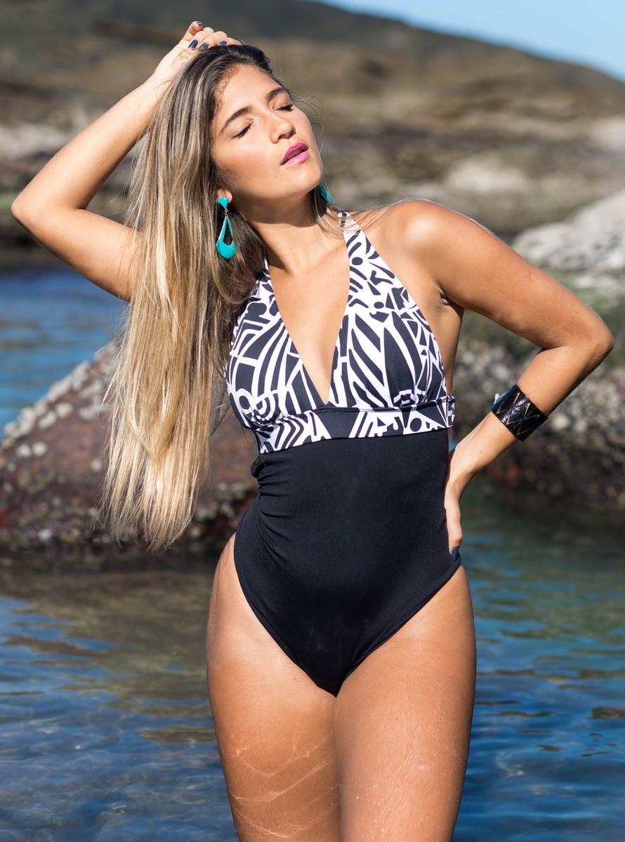 b95b80aefba0 Maio/ Body Frente Única Decote Cavado no Elo7 | Amo Verão Beachwear ...