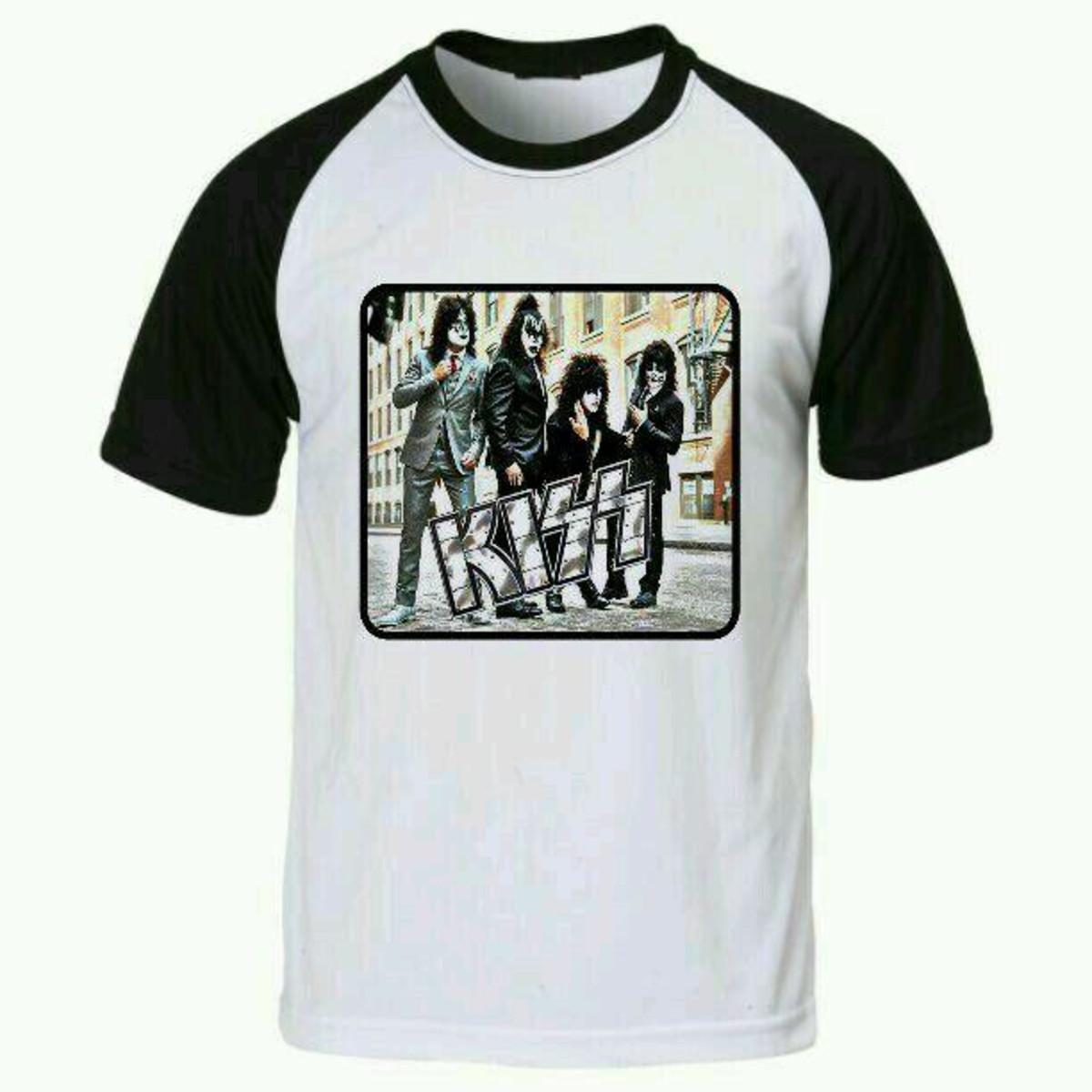 dd817aa23d Camiseta kiss raglan no Elo7