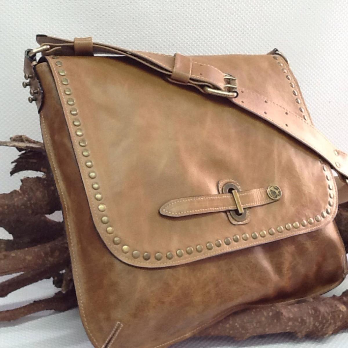 1f511136b bolsa carteiro unissex caramelo no Elo7 | BOLSAS VIVIAN LAGO (A28AED)