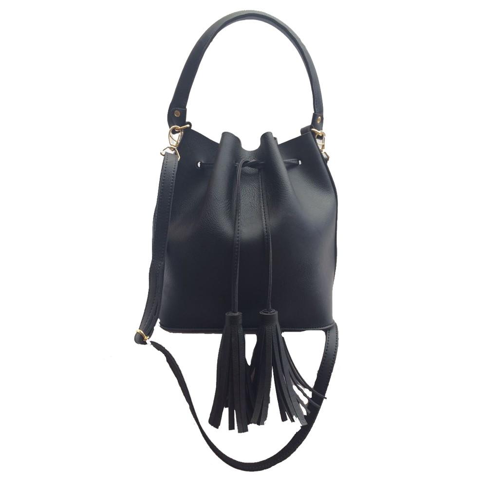 323ee3830 Bolsa feminina saco transversal preta com 2 alças barata no Elo7 ...