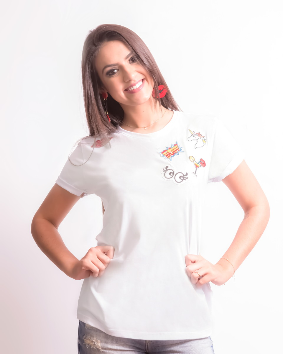 T-shirt  Camiseta Feminina Patches no Elo7  47dc9839dff84