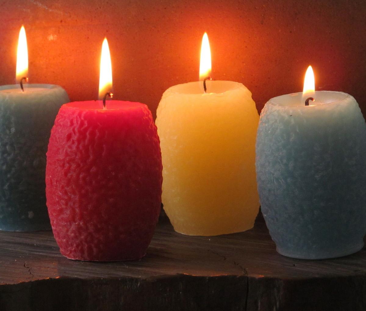 Compra ya tus velas en nuestra web, disponemos de todas las variedades de colores, formas posibles. Velas de Cumpleaños. Velas de Navidad. Velas Grandes. Velas Originales. Encontrarás toda clase de vela tanto para el mundo de la decoración de eventos como para la decoración de tu casa o para la elaboración de un regalo, encontrarás.