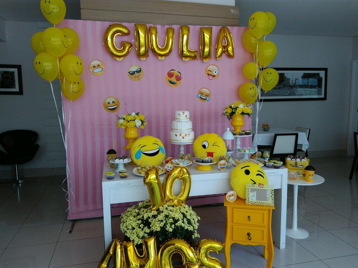 Decoraç u00e3o Emoji no Elo7 Ludimila Elias (A63037) -> Decoração De Festa Tema Emoji