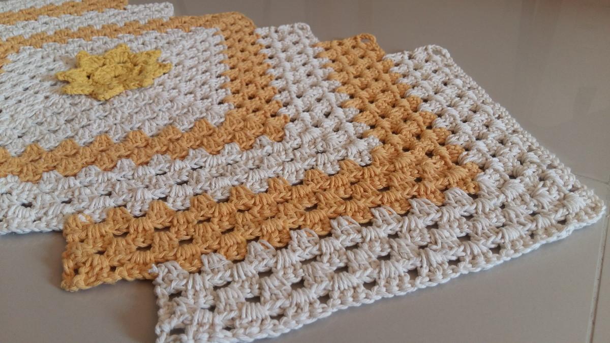 Resultado de imagem para tapete em croche