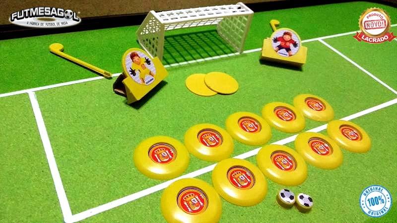 c179217b9f 2 Jogos   kits Futebol De Botão Sel. Espanha x Sel. Portugal no Elo7 ...