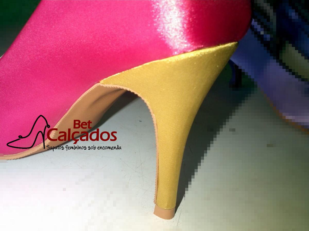d085d592f Sapato Pink salto cetim dourado no Elo7   Bet Calçados (AA1277)