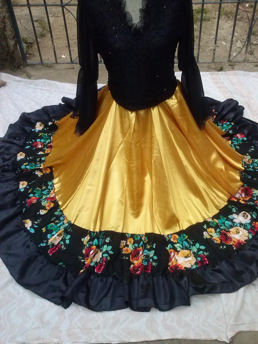 70e4a65a8 saia cigana em dourado com floral no Elo7