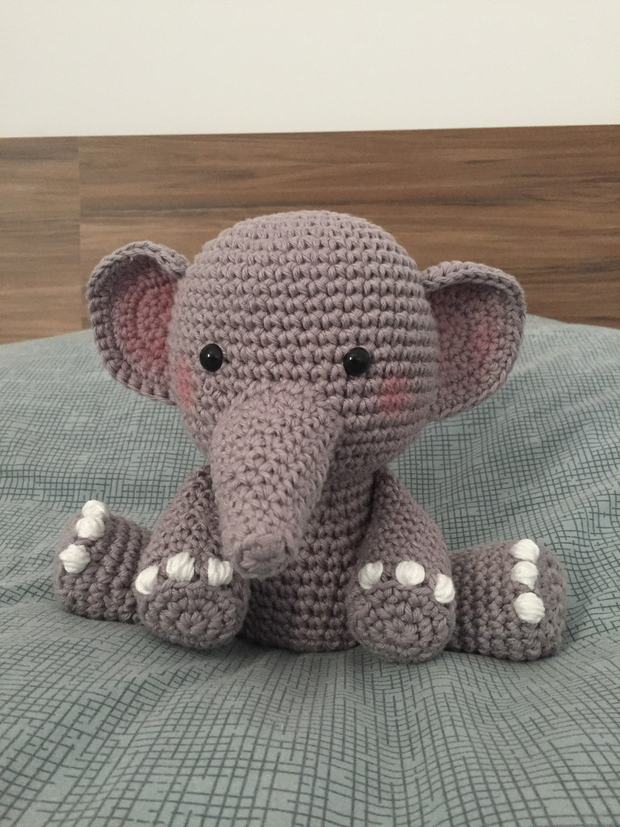 Amigurumi de Crochê Elefante Lulú 17 cm | Arquitetas Express | 1200x900