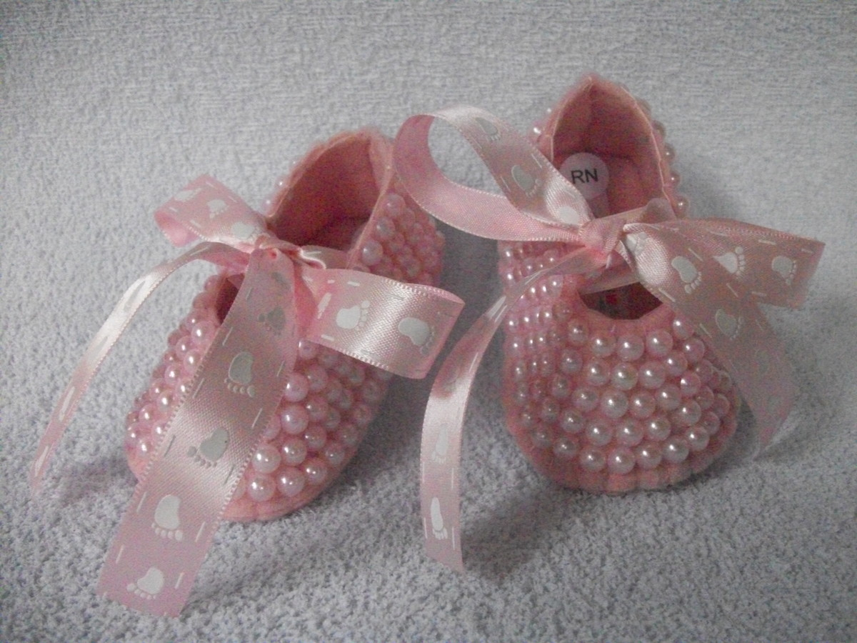 f16b8f82 Sapatilha bebe bailarina pérolas e laço decorado pezinhos. no Elo7 ...