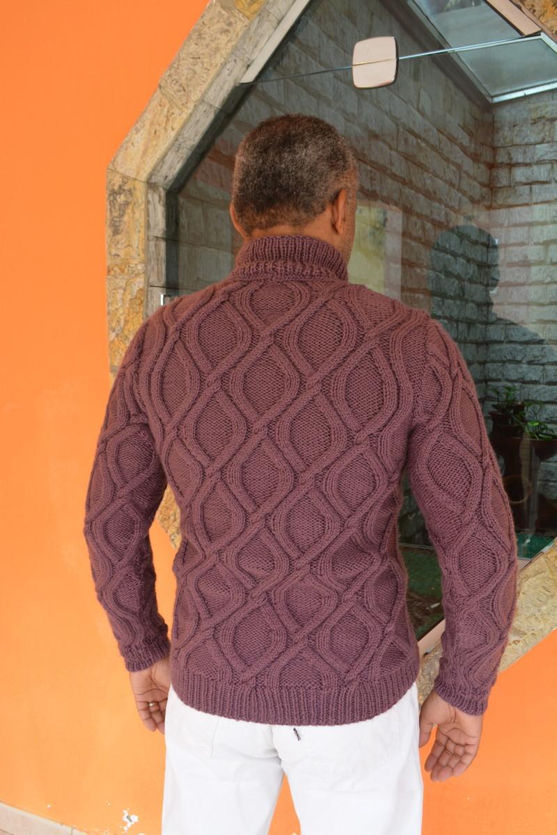 b4e47823d7 Blusa de trico masculina Cordas no Elo7