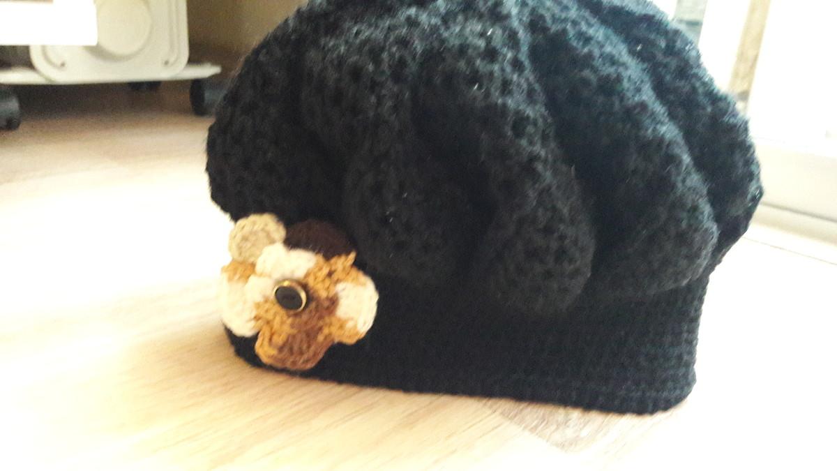 Boina preta em Croche com Flor no Elo7  9a3e5305dc8