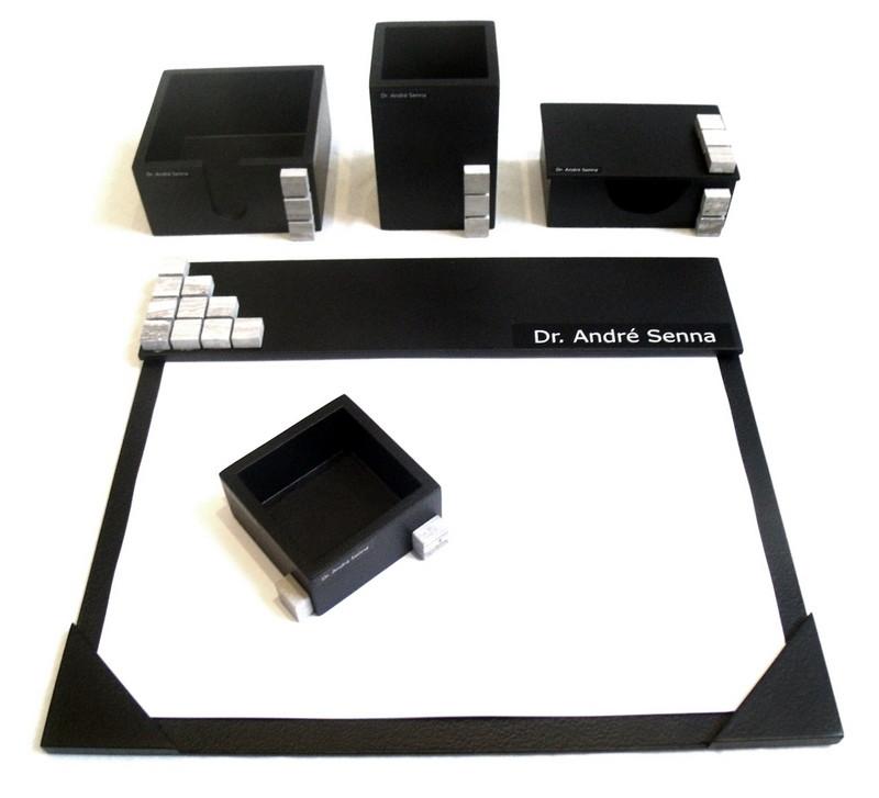 Organizador de mesa c 5 pçs preto personalizado c pastilhas no Elo7 ... 45199bd64912a