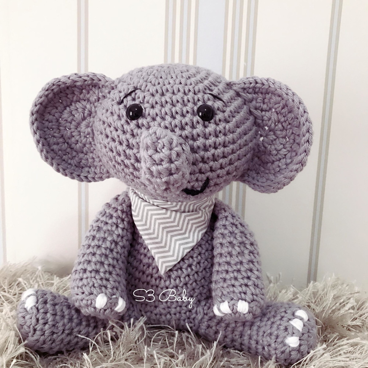 Download Gustav The Balancing Elephant Amigurumi Pattern (FREE ... | 1200x1200