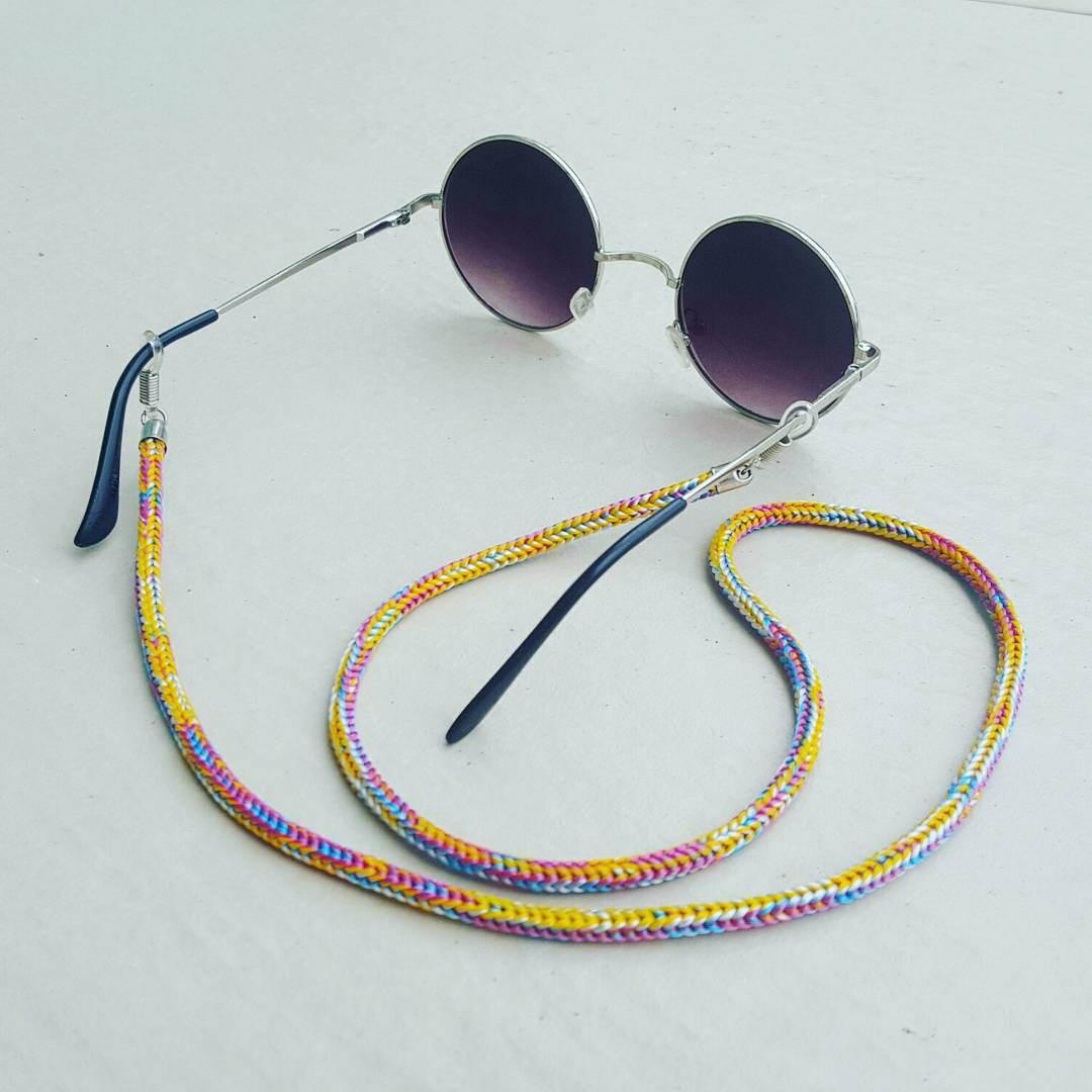 Salva Óculos (Amarelo colorido) no Elo7   Anellus Acessórios (B42A7B) dd13096976