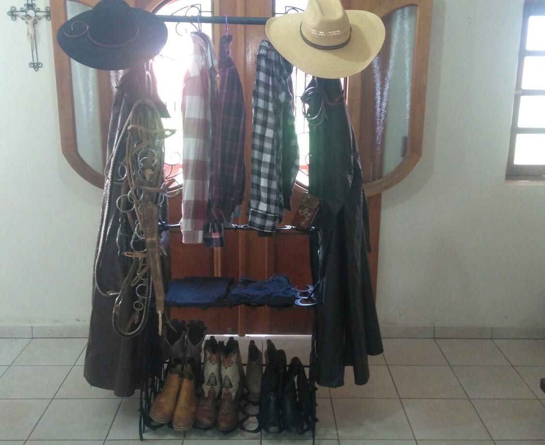 Suporte para roupas e acessórios country no Elo7  466fed6dfee