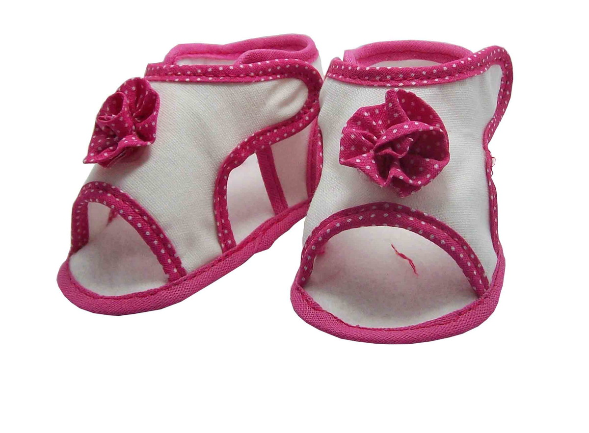 bc39f9744 Sapatinho de Bebê Sandália Bebê Branca e Pink Flor no Elo7 ...