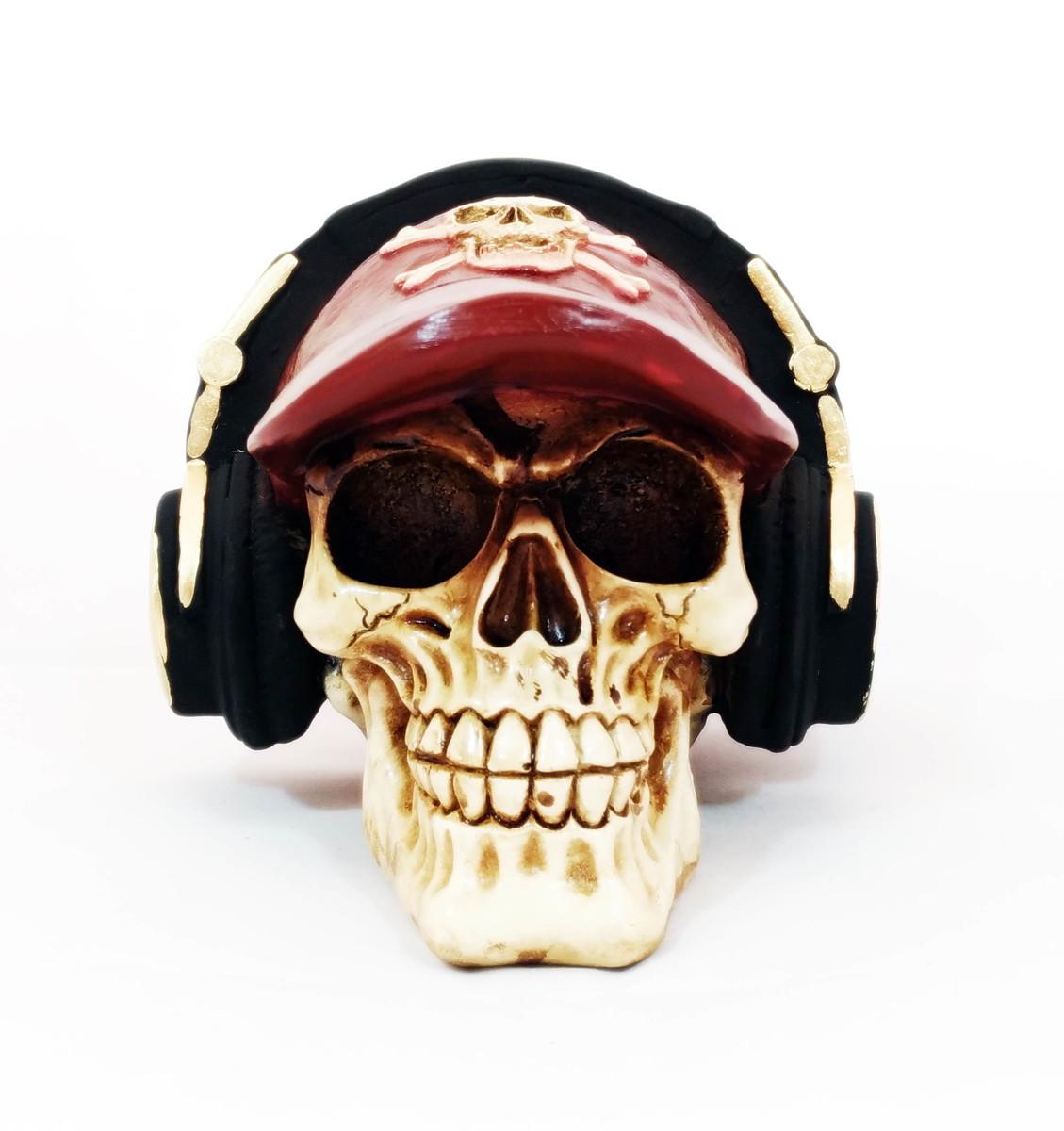 Zoom · Caveira com boné vermelho e fone de ouvido 9b163a09d1