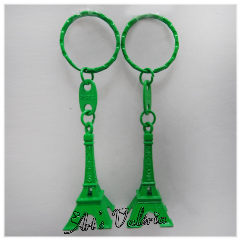 Chaveiro Torre Eiffel de Metal Verde no Elo7   Arts Valeria ... 0feaf8a7e1