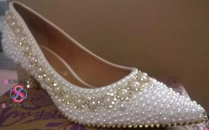 00ce8e86bb6 Sapato Scarpin Branco com strass dourado DIVA (Noivas) Festa no Elo7 ...