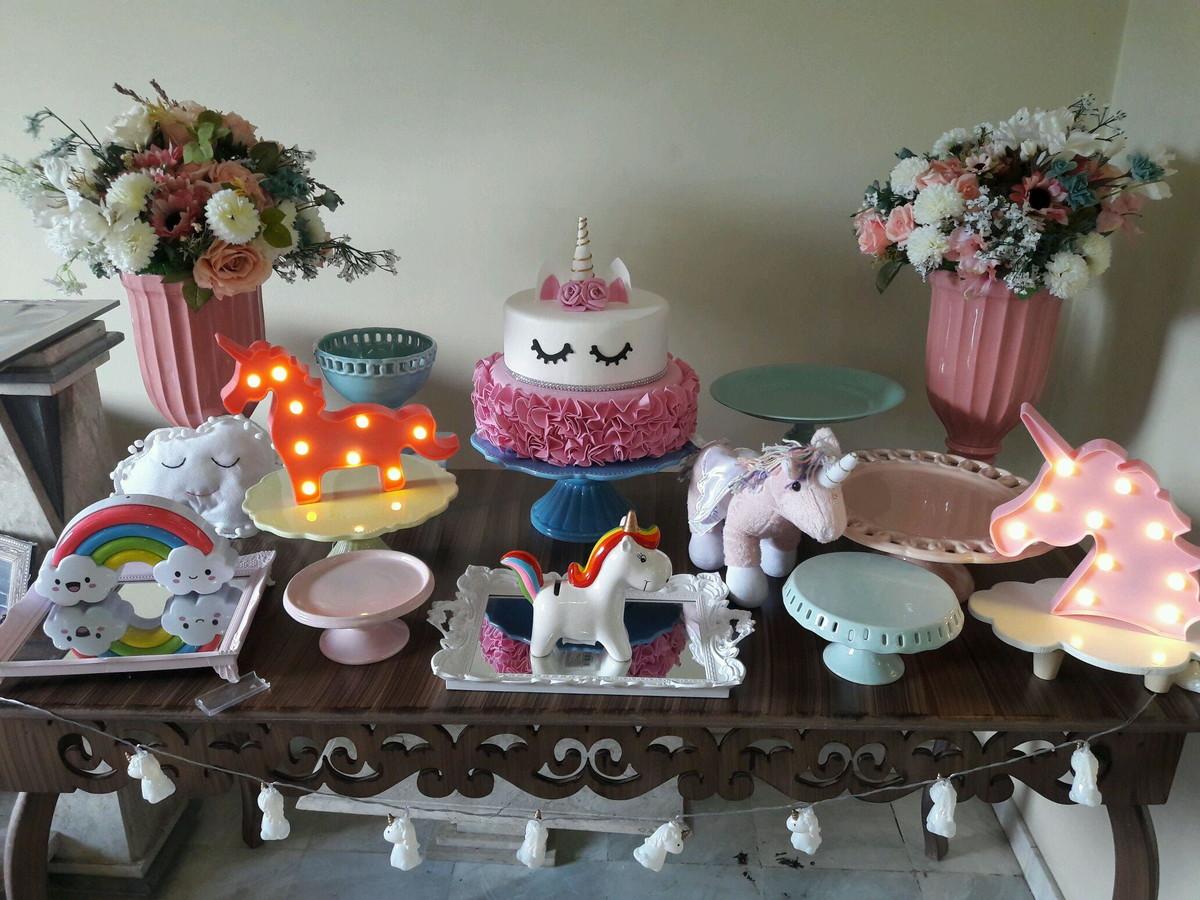 Aluguel Kit festa Unicórnio 24 pçs com mesa no Elo7 Tea Party (B7607E) -> Aluguel Decoração Festa Infantil Unicornio