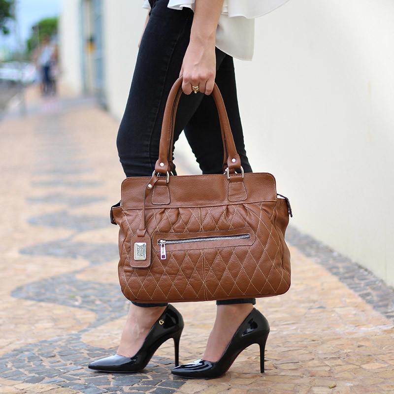 5dcf42809 Bolsa Feminina de Couro Legítimo Laura Caramelo no Elo7 | Bolsas ...