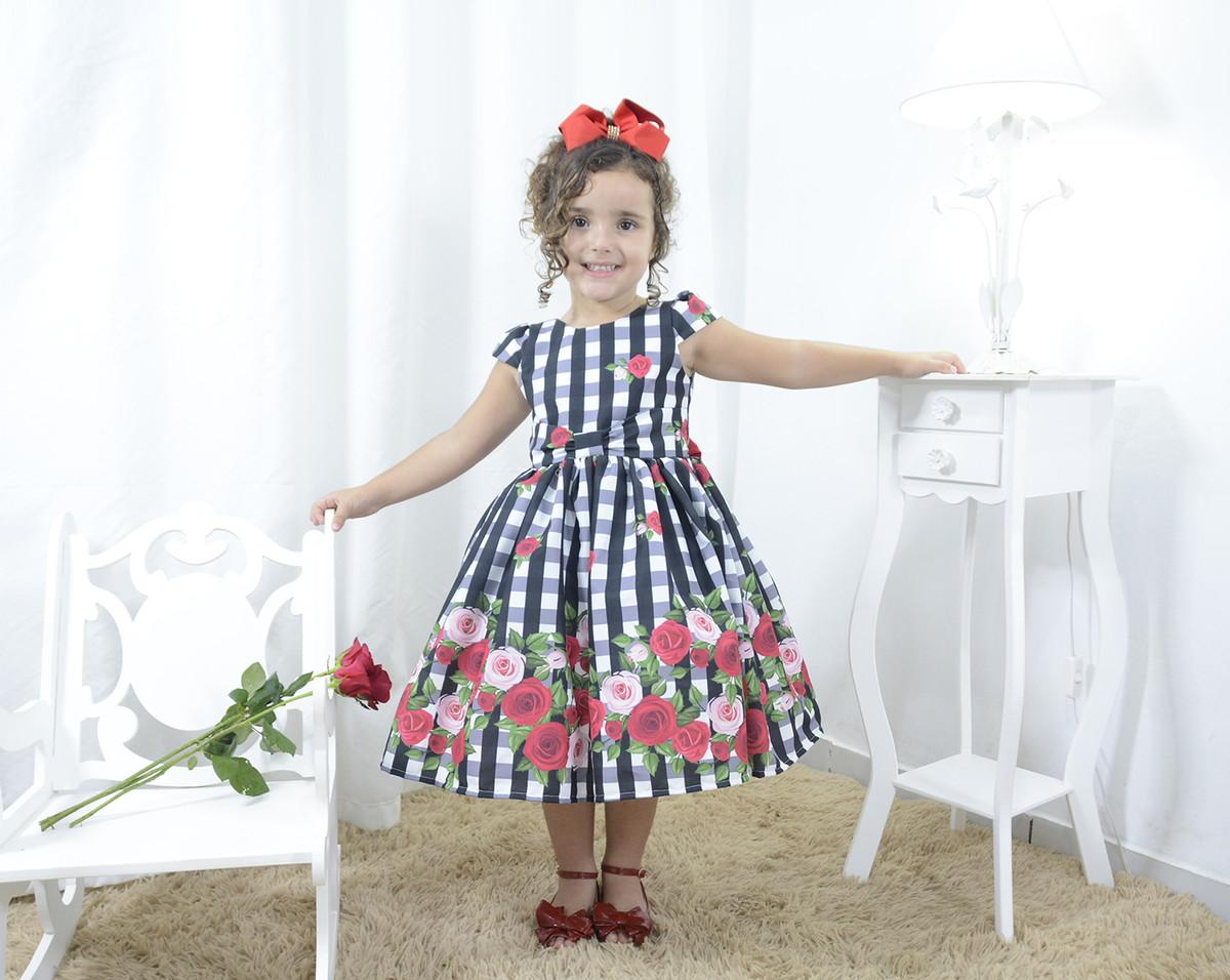 f60e68395 Vestido festa infantil xadrez floral com rosas vermelhas no Elo7 ...