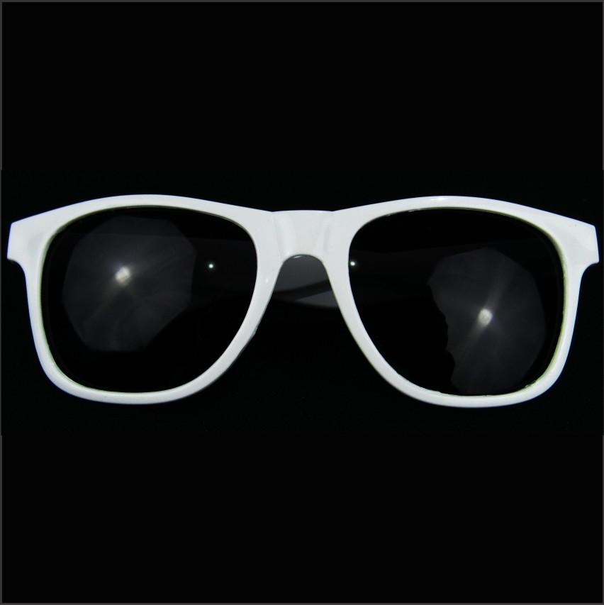 Óculos Sol Branco Acessórios Festa havaiana Casamento Praia no Elo7 ... 0583fcd725