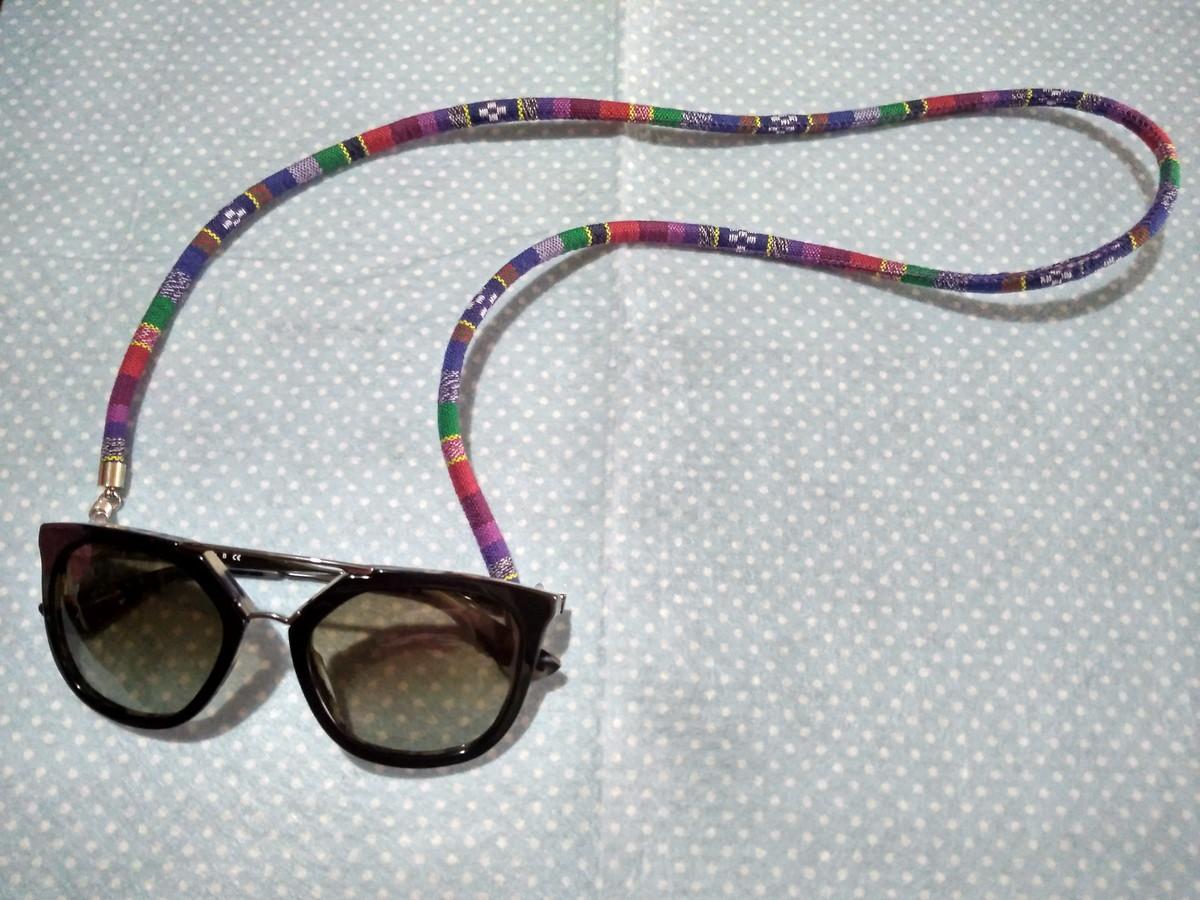 Corda para óculos redondo azul marinho no Elo7   Agulha Encanto (B9FDAB) 41b020f0fe