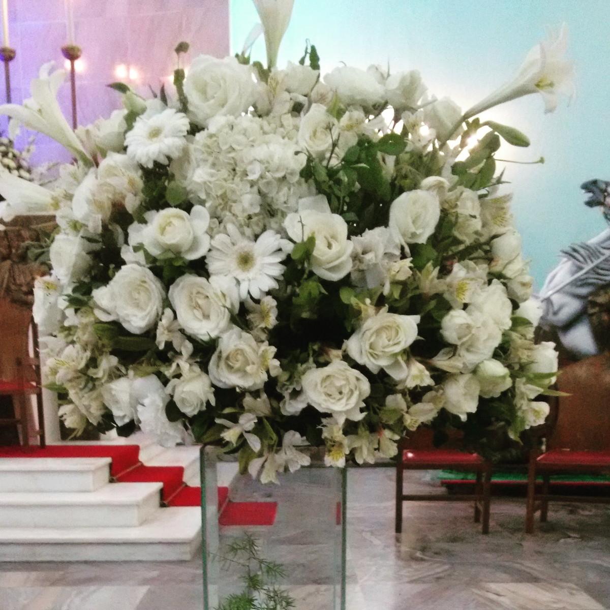 Arranjo flor natural com coluna de vidro no Elo7 Requint Festas Decorações (BAC820) # Decoração De Bolo Com Flor Natural