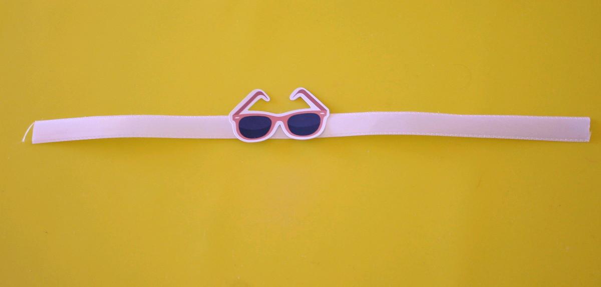 d302bd177be79 Fita com tag - moda - óculos de sol no Elo7   A Carol que fez ...