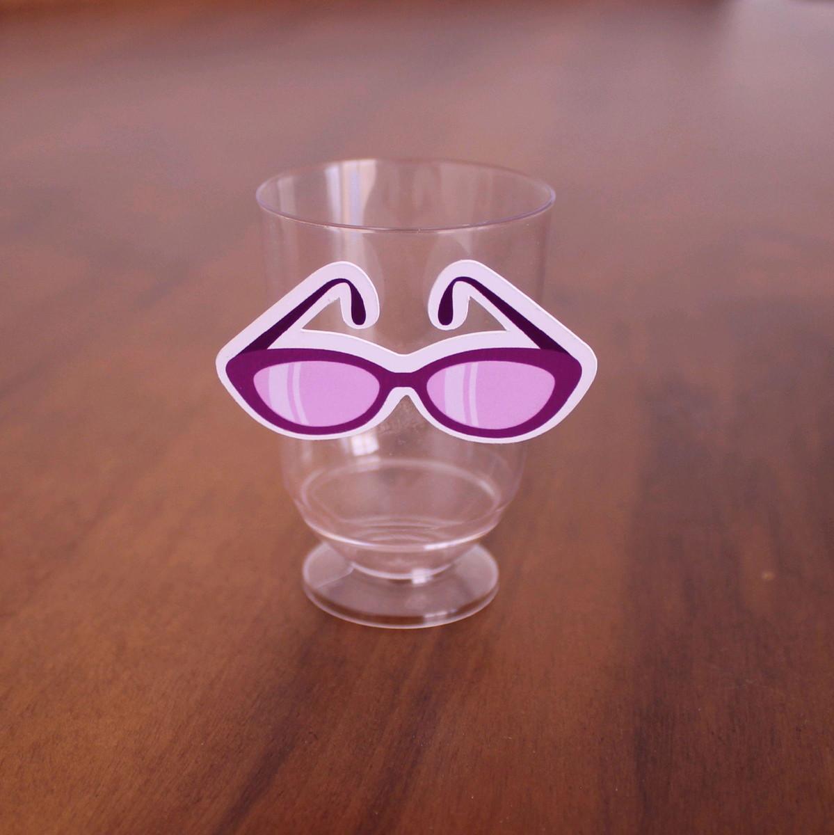 0dcb5c36a Tacinha/Copinho/Taça para doce - moda - óculos de sol no Elo7   A ...