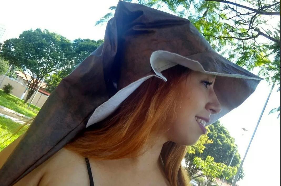 Chapéu de bruxo estilo Ventania de Couro Marrom no Elo7 ... fb852210f37