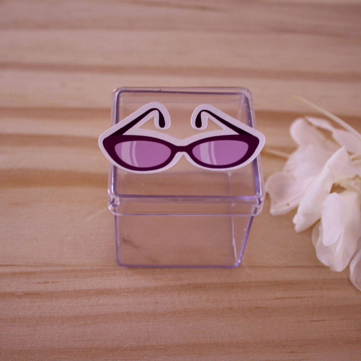 4e79adfd0fa54 Caixinha de acrílico - moda - óculos de sol no Elo7   A Carol que ...
