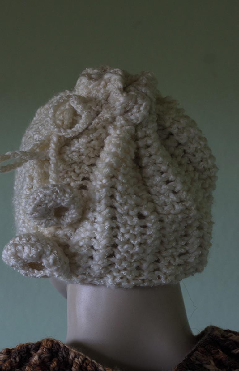 Touca de tricô pompom com lã super macia e pontos criativos no Elo7 ... 07e0f7a9dd0