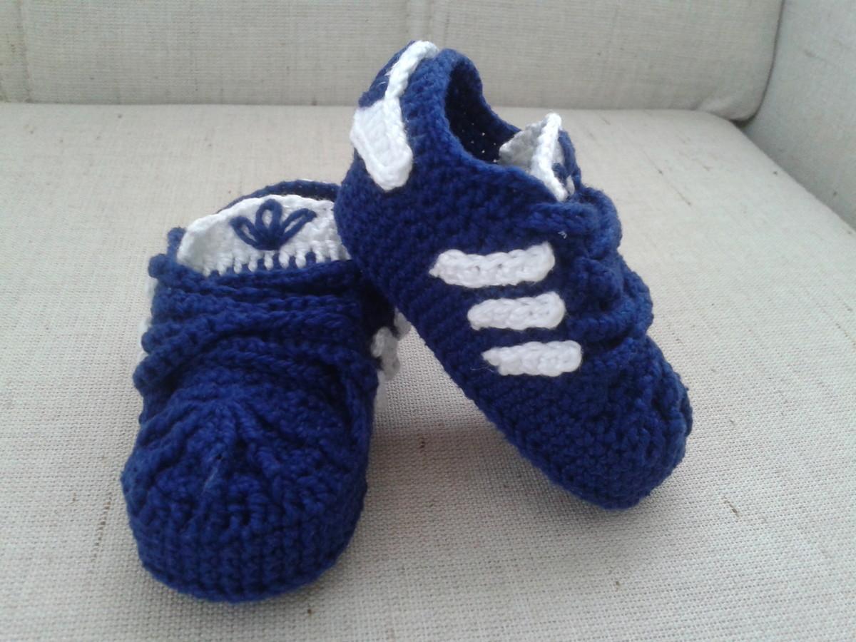 cb3ef1f43 Tênis adidas em crochê para bebê no Elo7