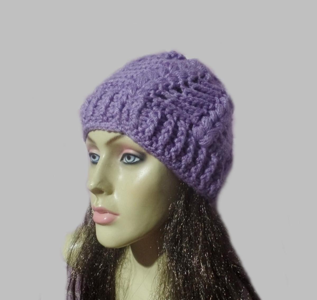 339867de8d34e Gorro feminino em tricô crochê feito c  lã Pronta entrega! no Elo7 ...